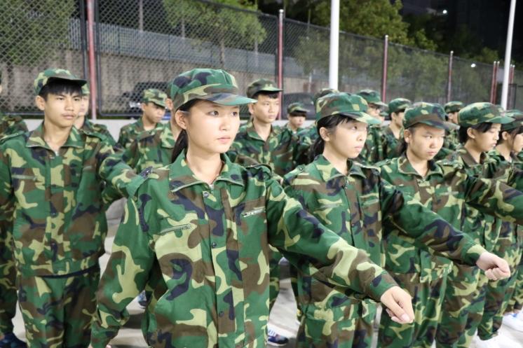 海南省工业学校新闻--2017级新生军训及入学教育工作